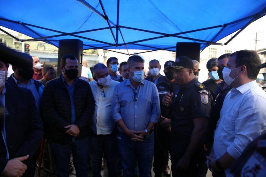 Autoridades participam de inauguração em Duque de Caxias