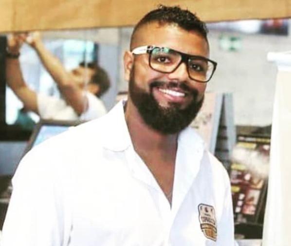 Roberto Siqueira, gerente de um bar em Copacabana, na Zona Sul do Rio
