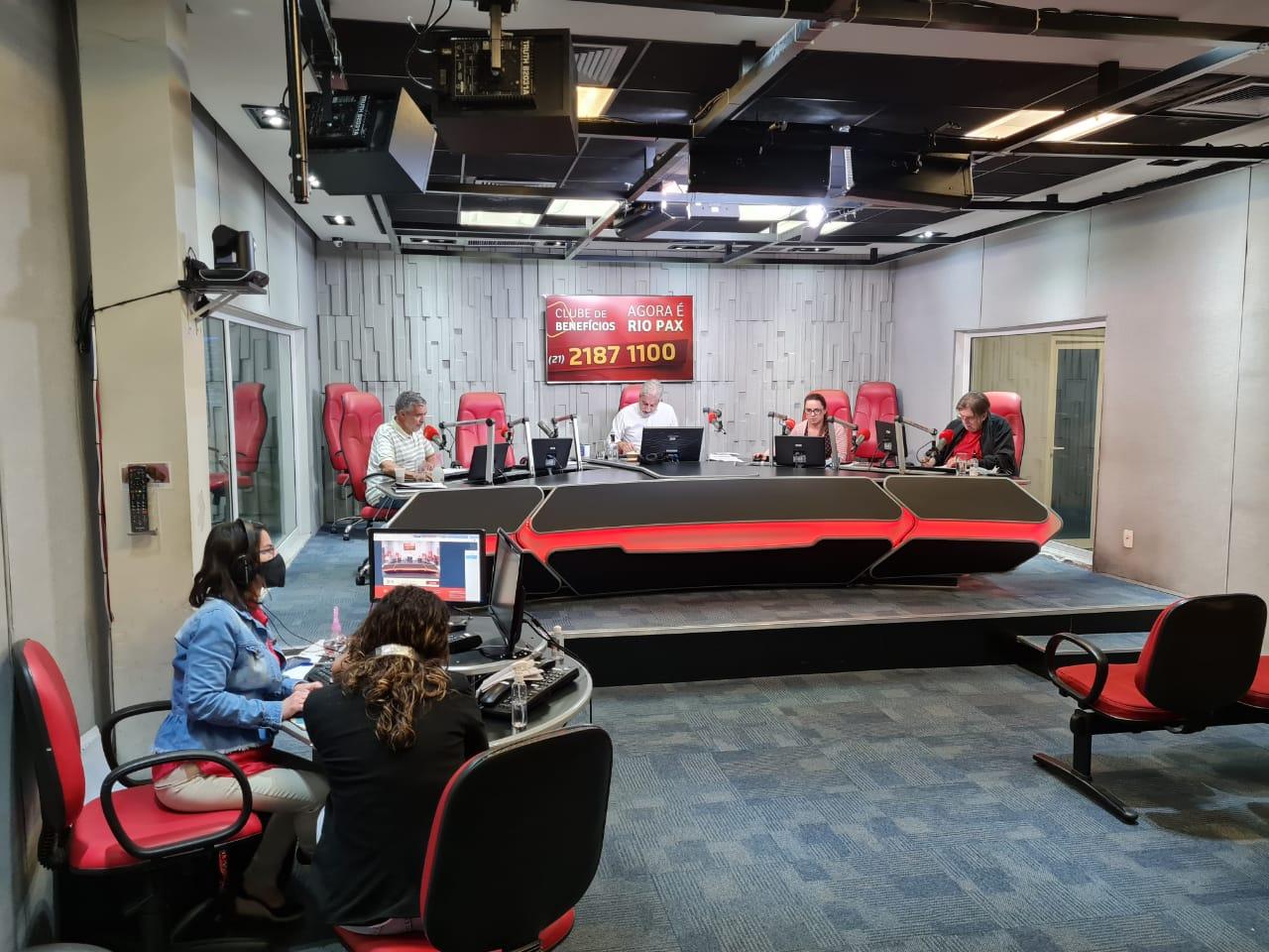 Estúdio principal da Super Rádio Tupi durante o Show do Clóvis Monteiro