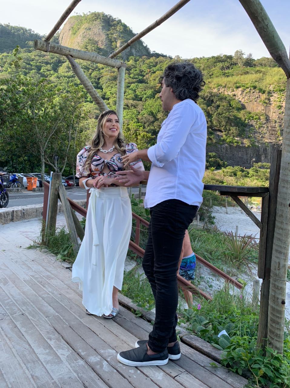 """Fernando Sampaio é o convidado do quadro """" Vem Com a Thay"""", apresentado por Thay Magalhães (Divulgação: Palmer Assessoria)"""