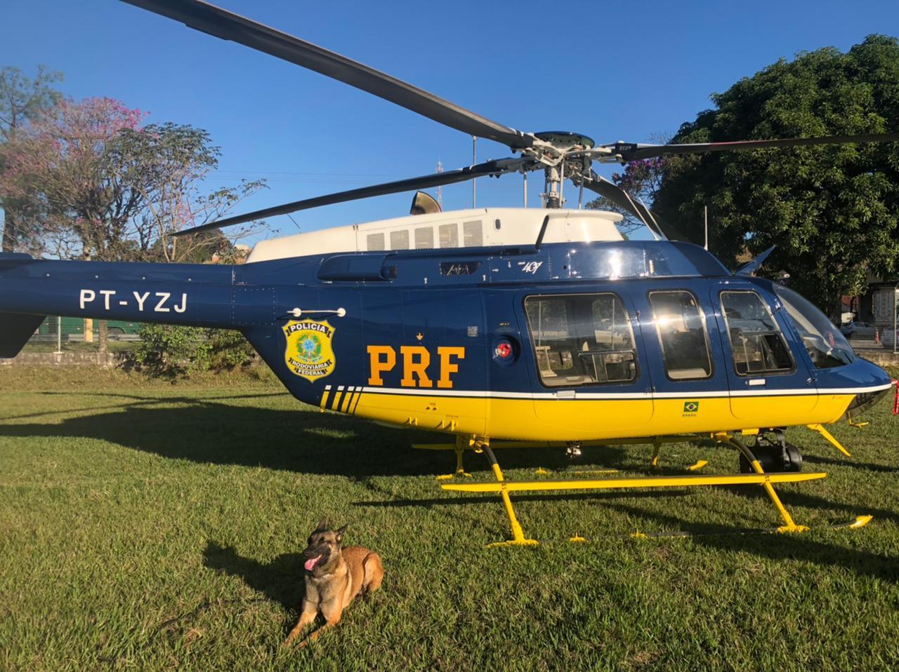 Imagem de um helicóptero da PRF