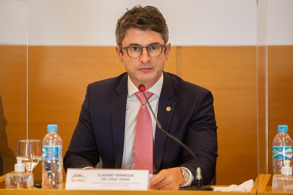 Presidente da Associação, Cláudio Henrique da Cruz Viana