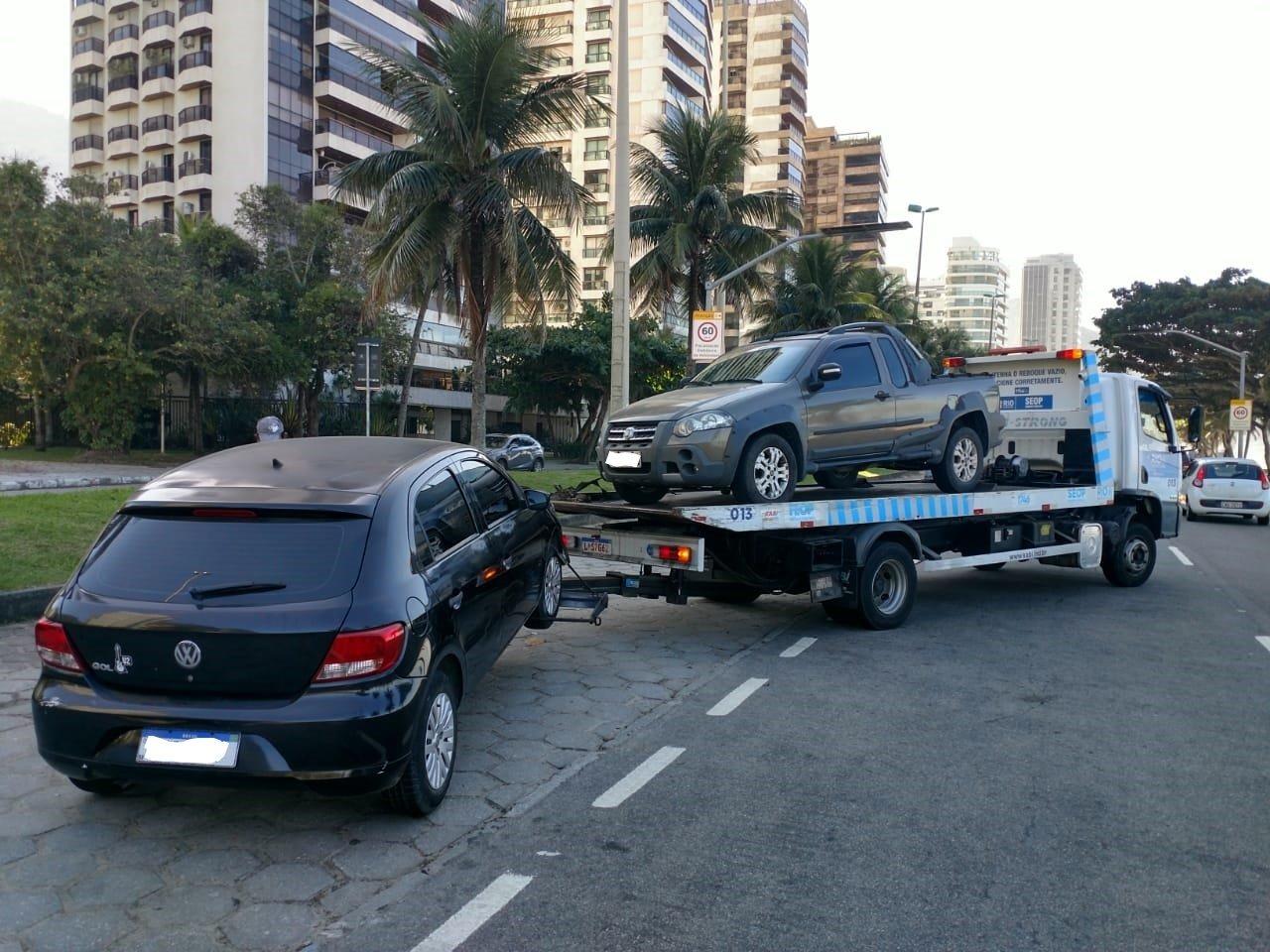 Prefeitura do Rio proíbe remoção de veículos sem talão de estacionamento