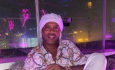 Ronaldinho Gaúcho tirando onda em Dubai