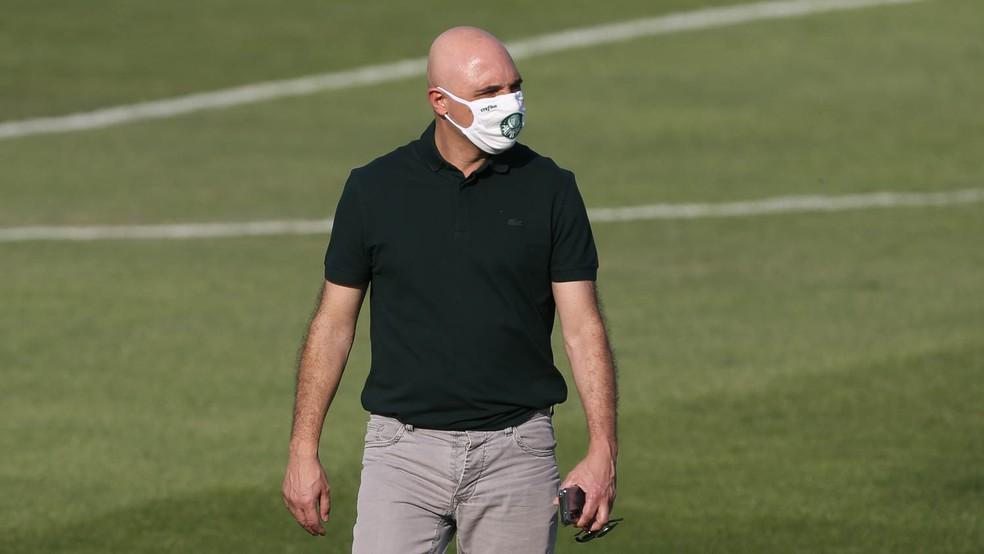 Maurício Galiotte rebateu o técnico Abel Ferreira