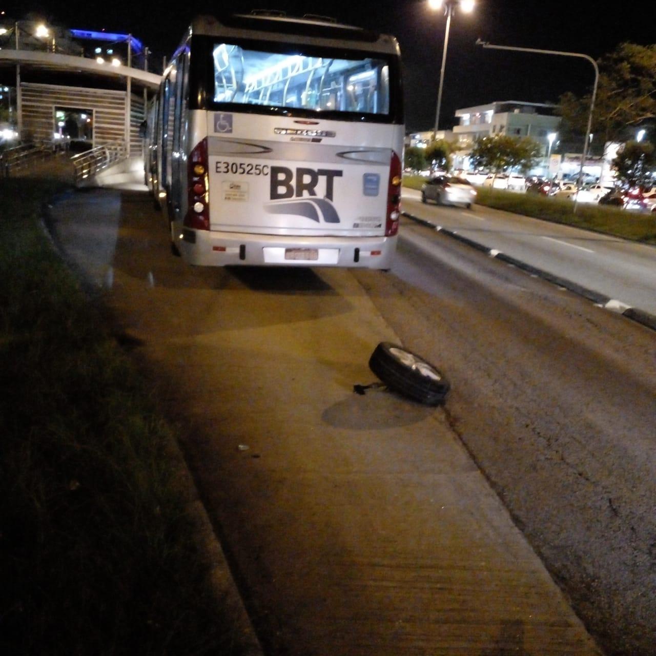 Imagem de um articulado do BRT