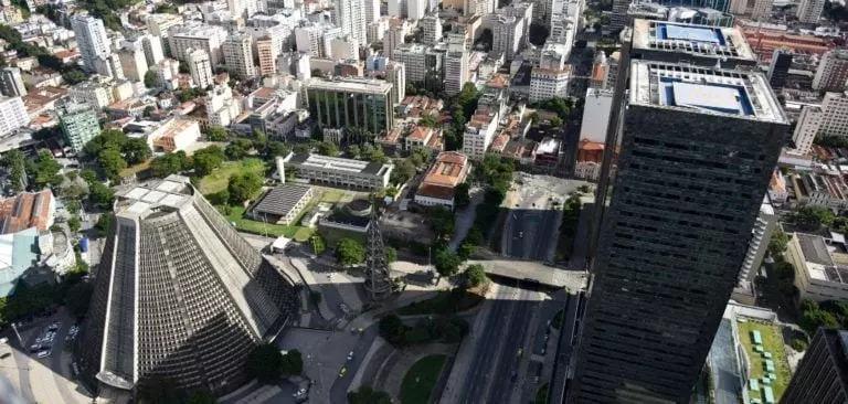 Levantamento aponta que um em cada 5 imóveis para alugar no Rio está vago.