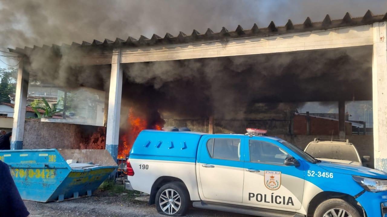 incêndio no batalhão de Jacarepaguá