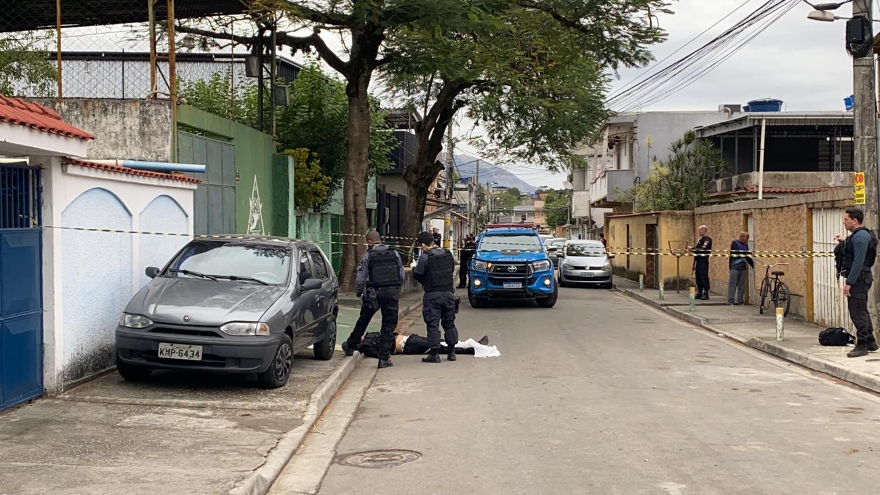 Polícia realiza perícia após ataque em academia em Nova Iguaçu