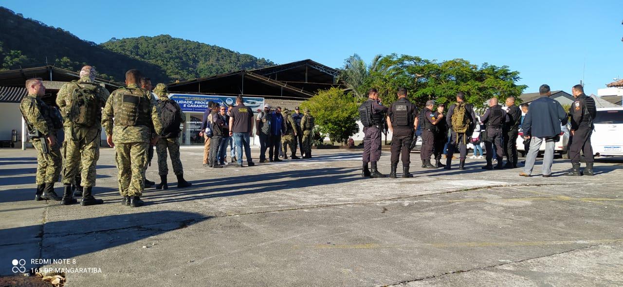 Operação na Ilha de Itacuruçá