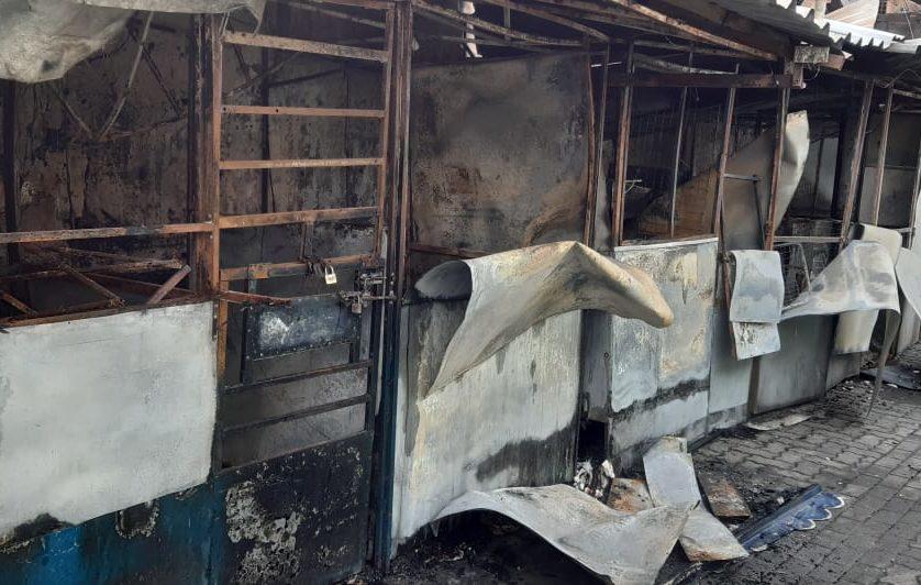 Boxes queimados