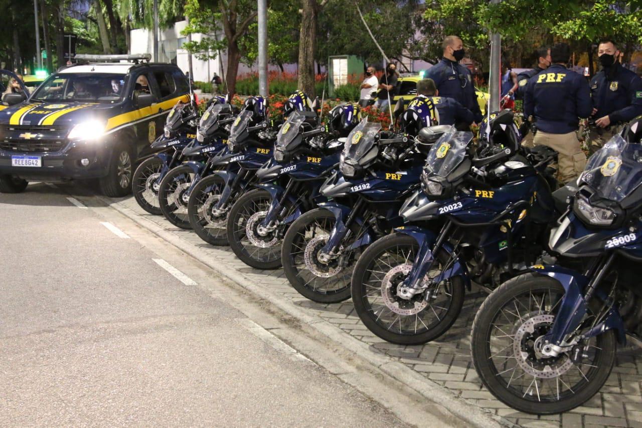 Imagem das motocicletas da PRF