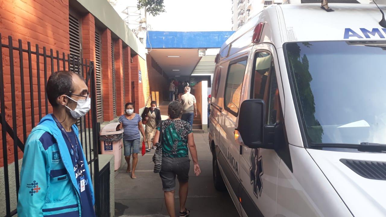 Rio realiza vacinação de pessoas com mais de 40 anos (Foto: Lucas Araújo/ Divulgação: Super Rádio Tupi)
