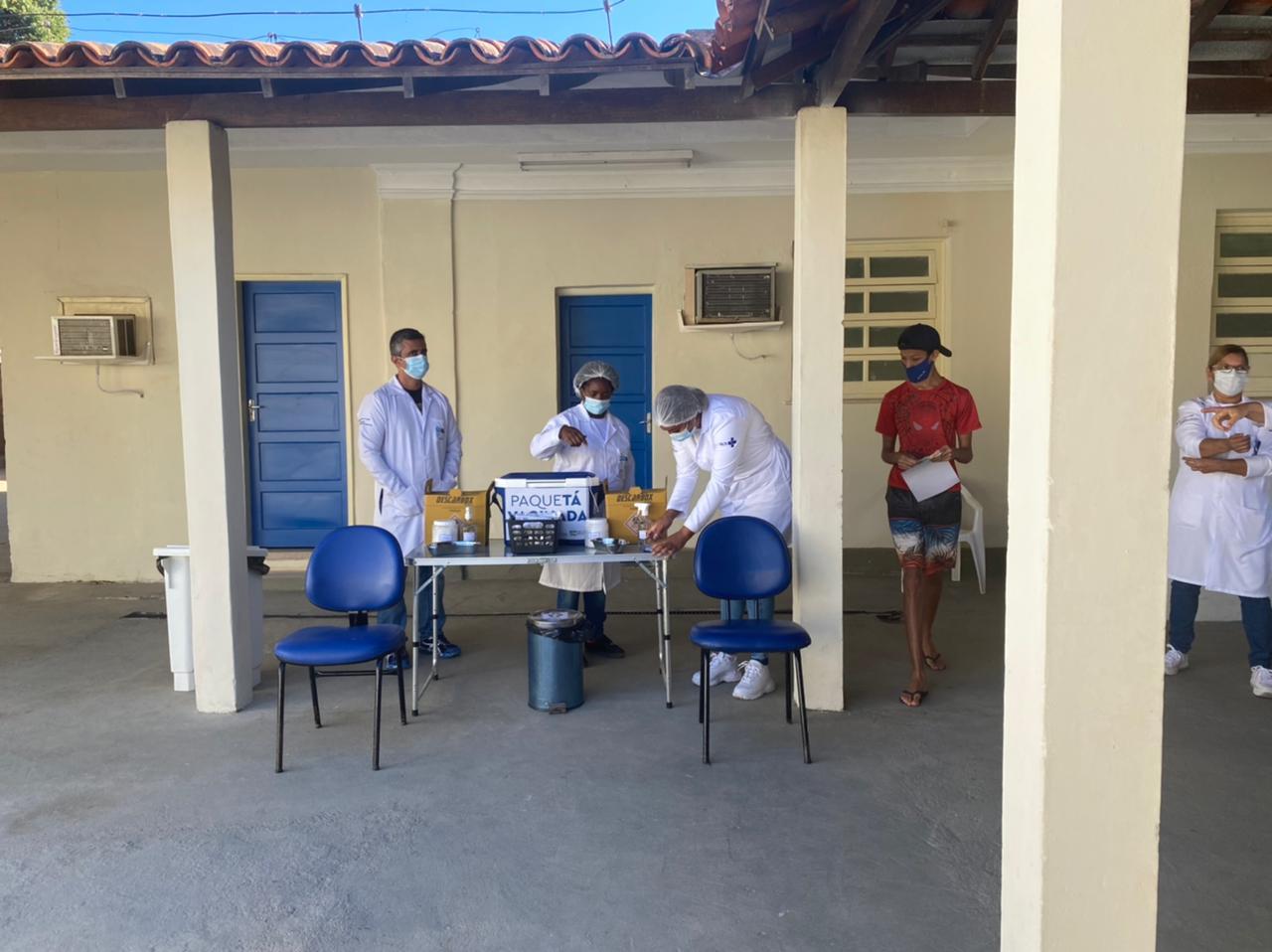 Imagem de um ponto de vacinação em Paquetá