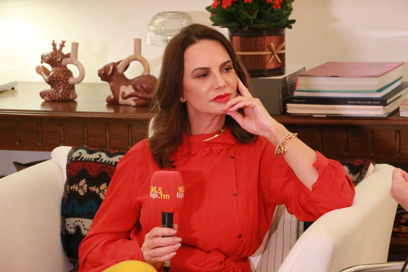 Na imagem, modelo e atriz Luiza Brunet