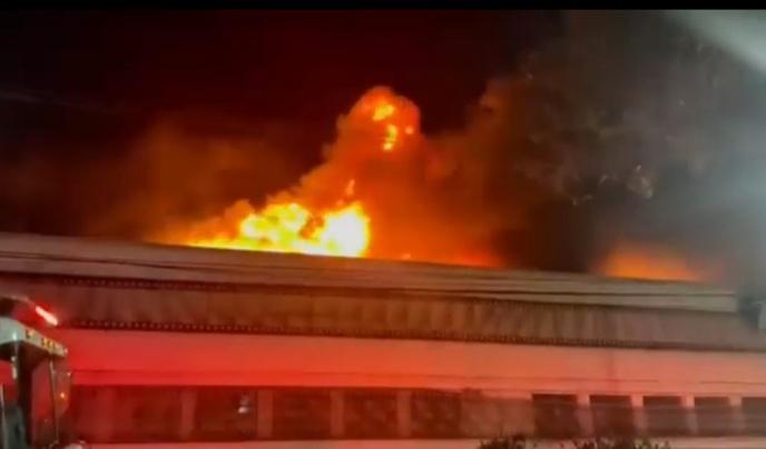 Imagem de um incêndio em SP