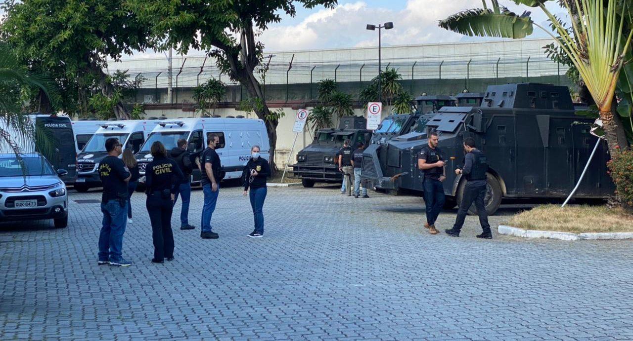 Policiais na Cidade da Polícia