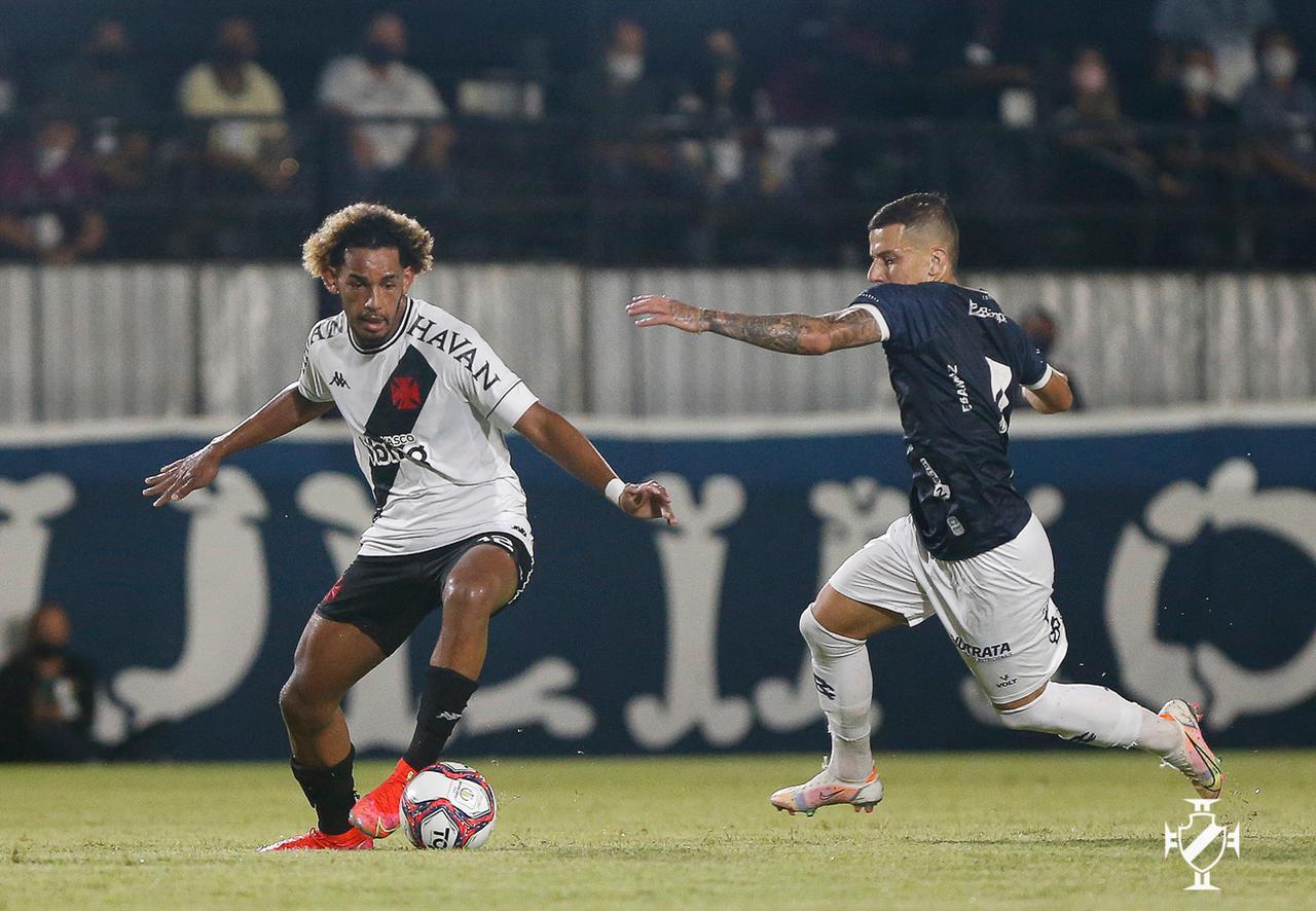 Vasco perde por 2 a 1 para o Remo pela Série B