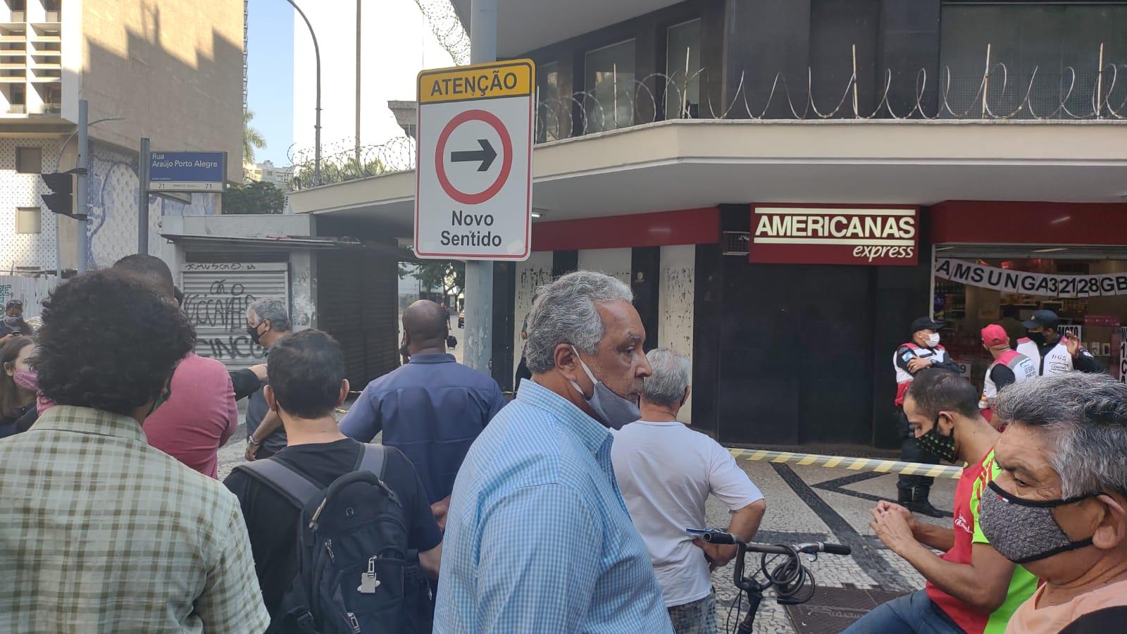 homem morre em tentativa de assalto no Centro do Rio