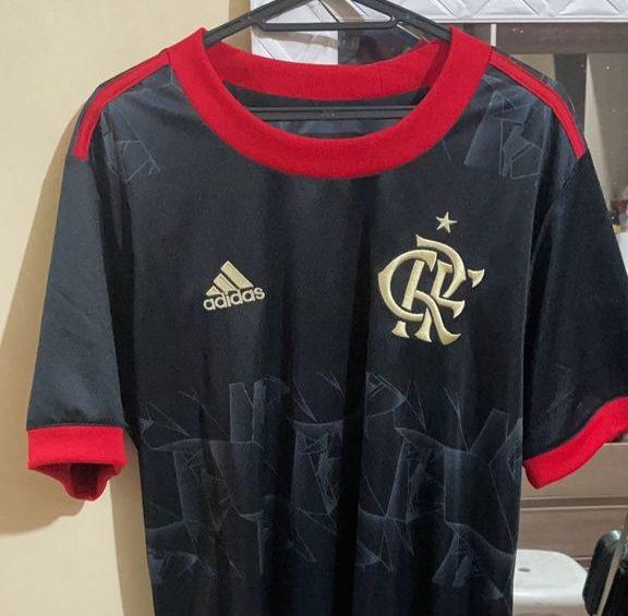 imagem de uma camisa do Flamengo