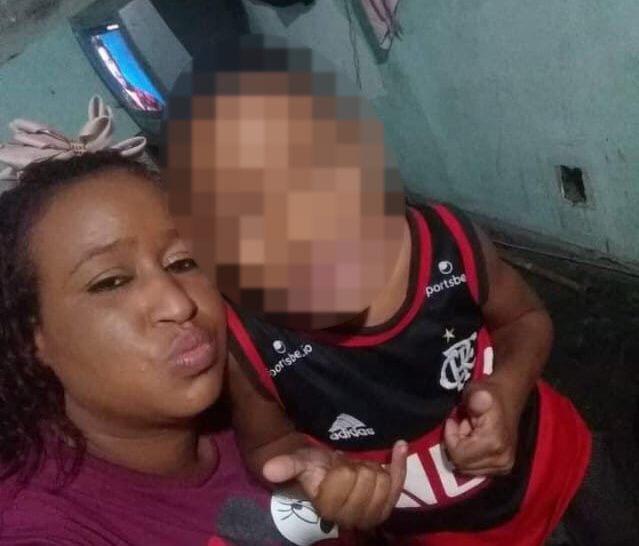Vendedora de balas e o filho