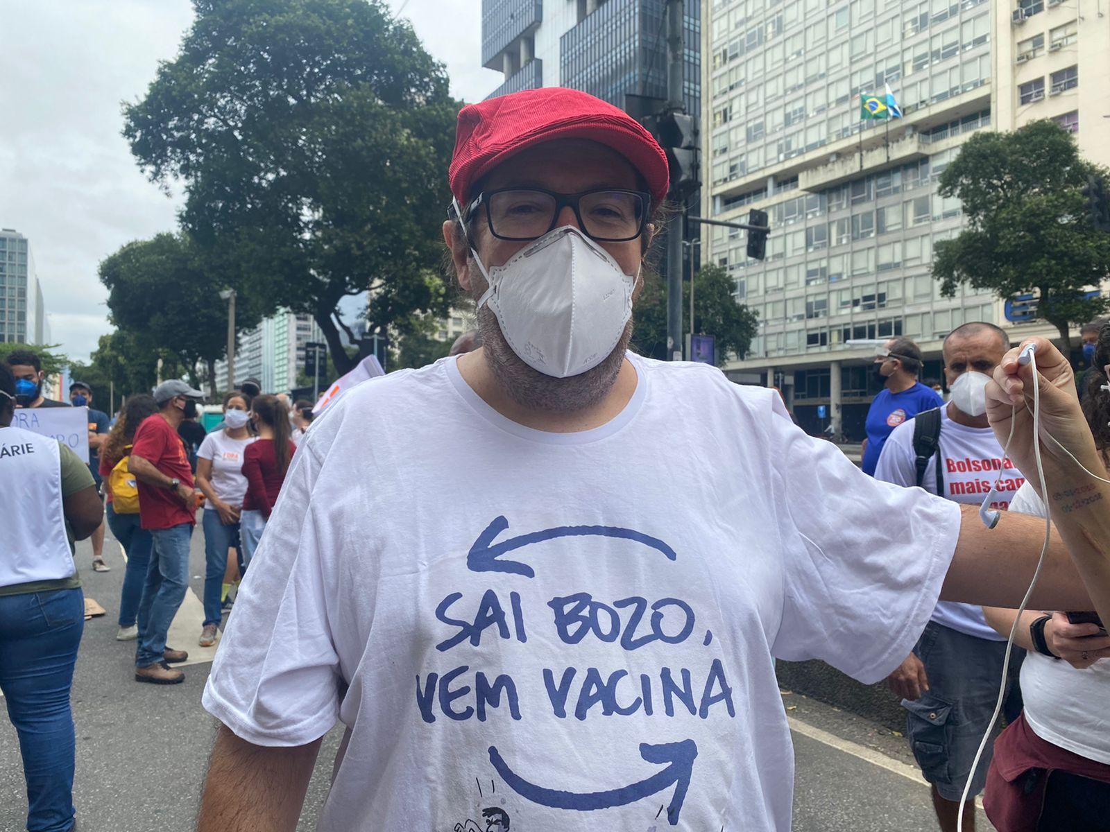 Vereador Tarcísio Motta em protesto contra Jair Bolsonaro