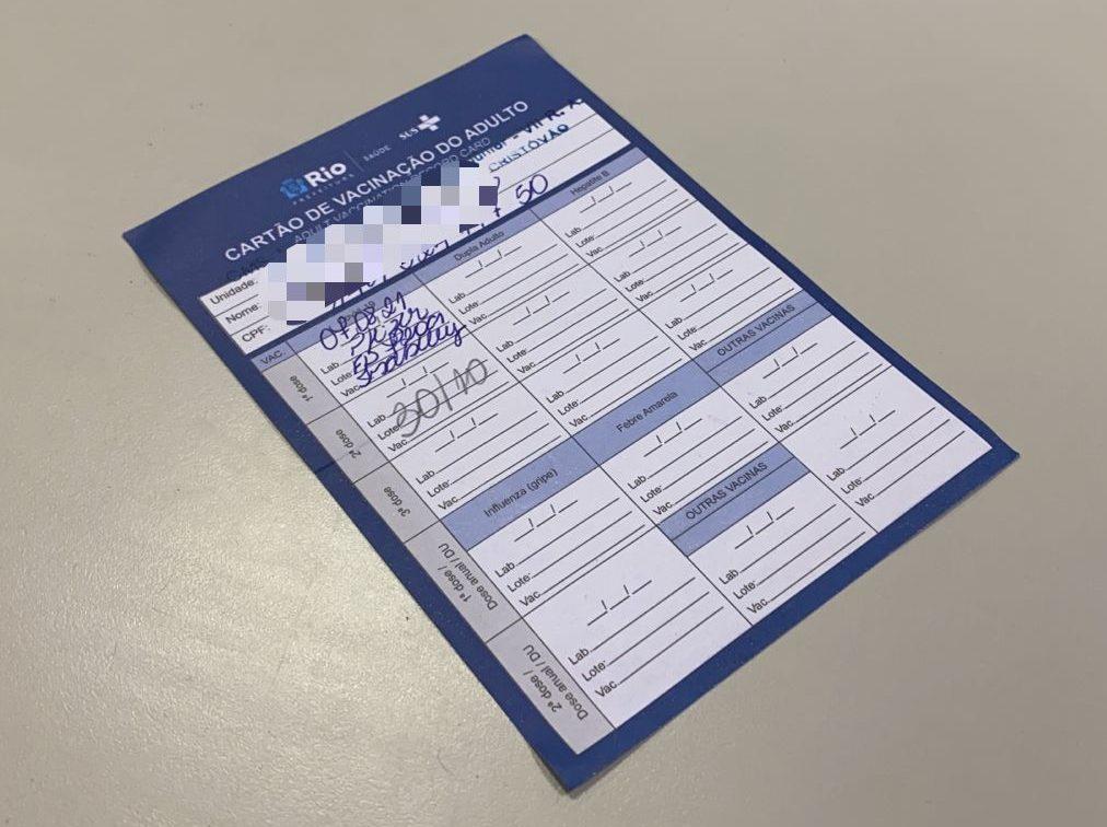 Caderneta física de vacinação será um dos documentos válidos