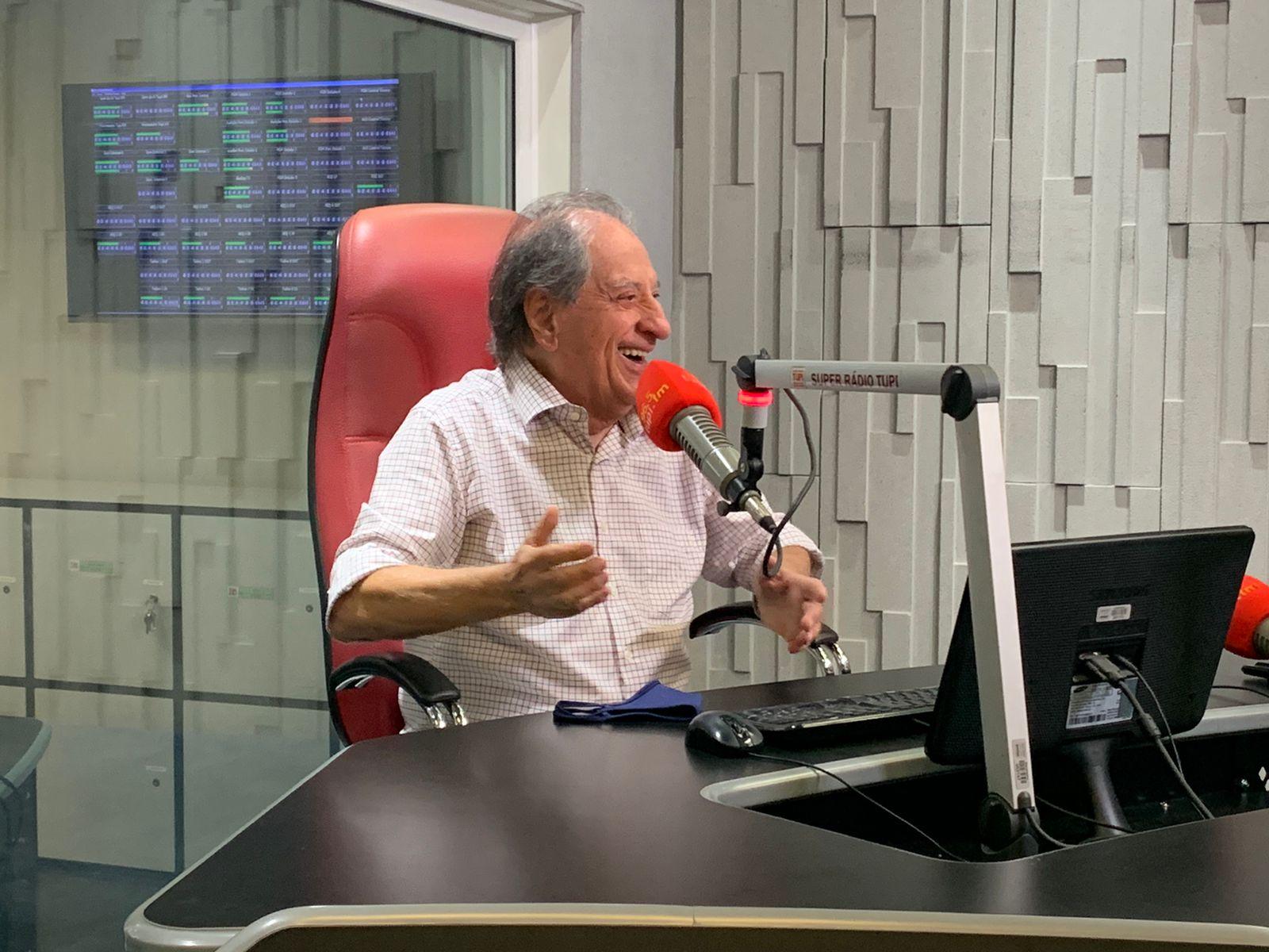 José Carlos Araújo no programa Cidinha Livre