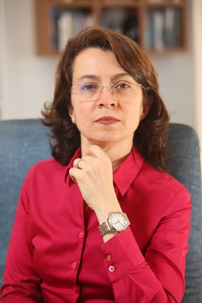 Chrystina Barros