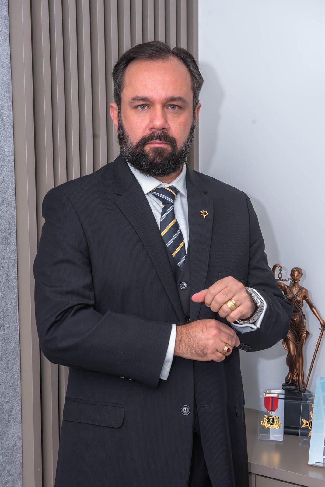 Leandro Souza, advogado