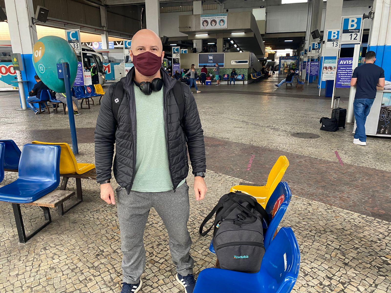 Cícero Pinheiro é um dos 20 mil passageiros que vão passar pela Rodoviária do Rio neste feriadão