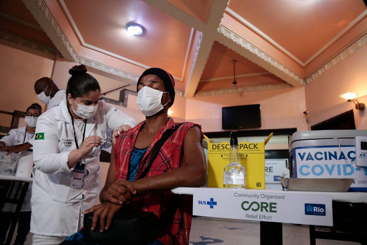 Vacinação contra a Covid-19 no Rio