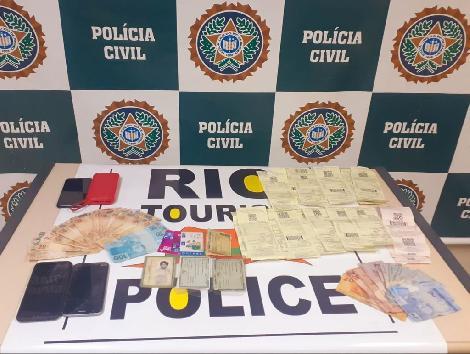 Imagem de materiais apreendidos pela Polícia Civil