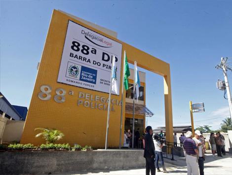 Imagem da fachada da delegacia de barra do Piraí