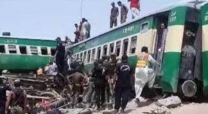 Acidente de trem no Paquistão