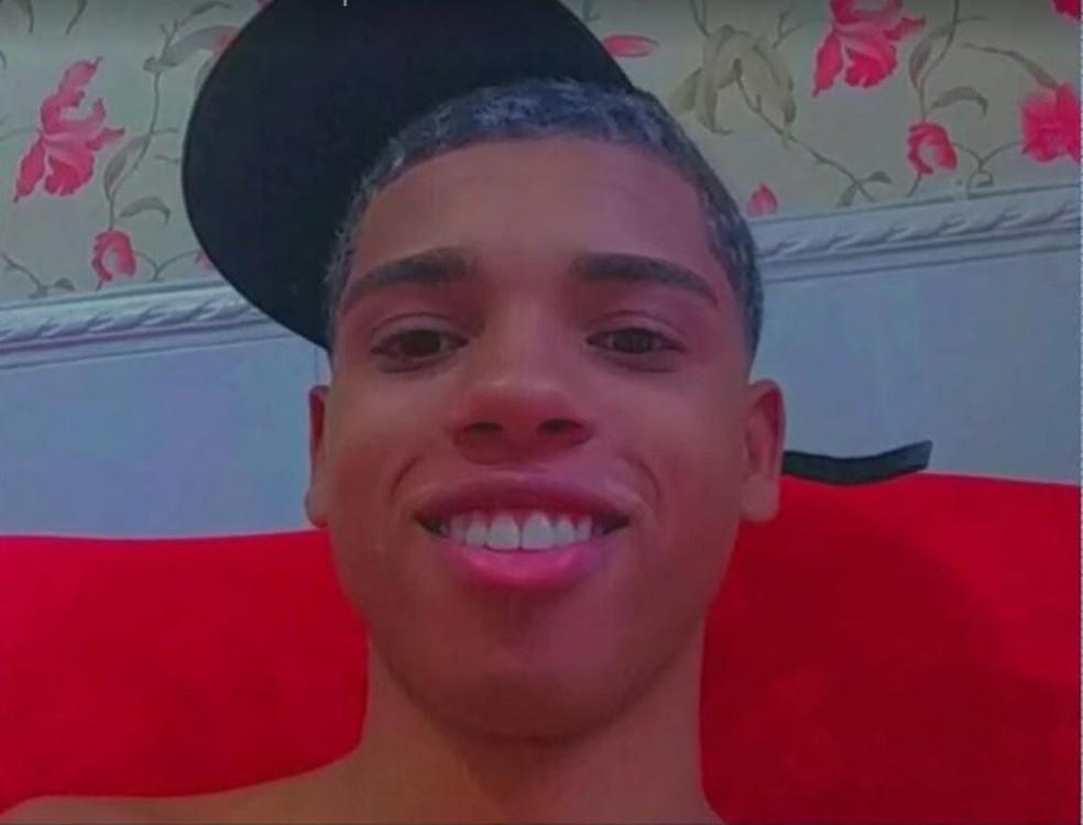 João Victor da Silva de Campos morreu baleado em São João de Meriti neste sábado Reprodução TV Globo