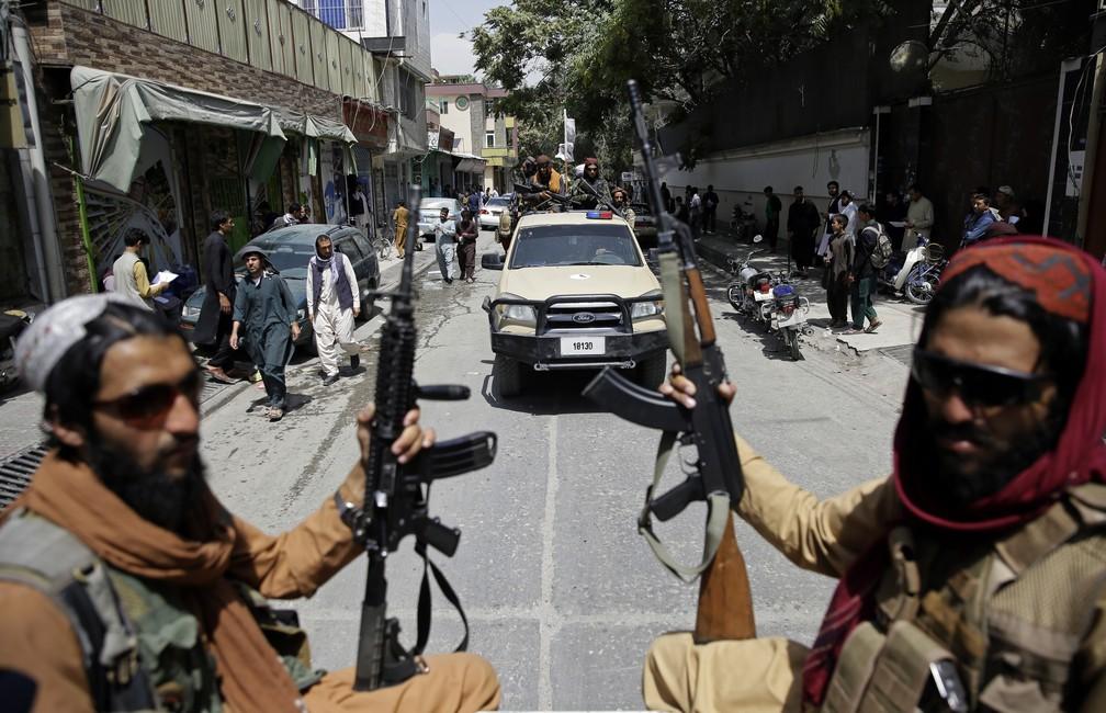 manifestação contra o talibã no Afeganistão