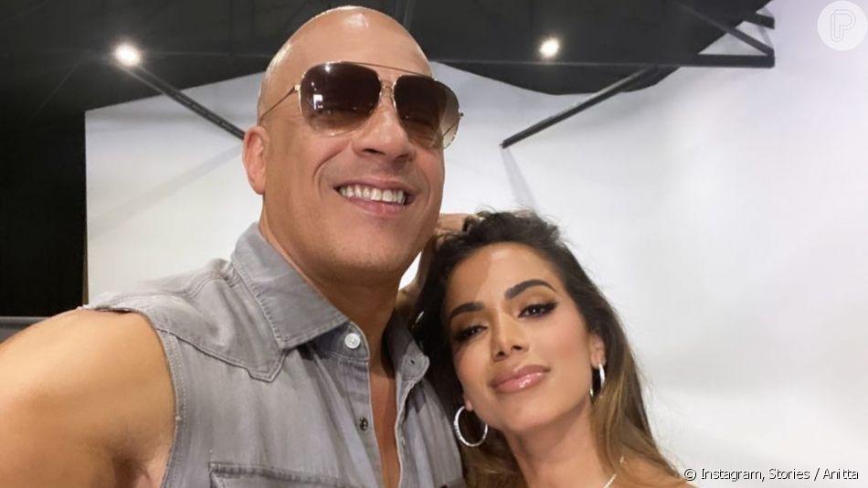 Anitta e Vin Diesel posando em selfie