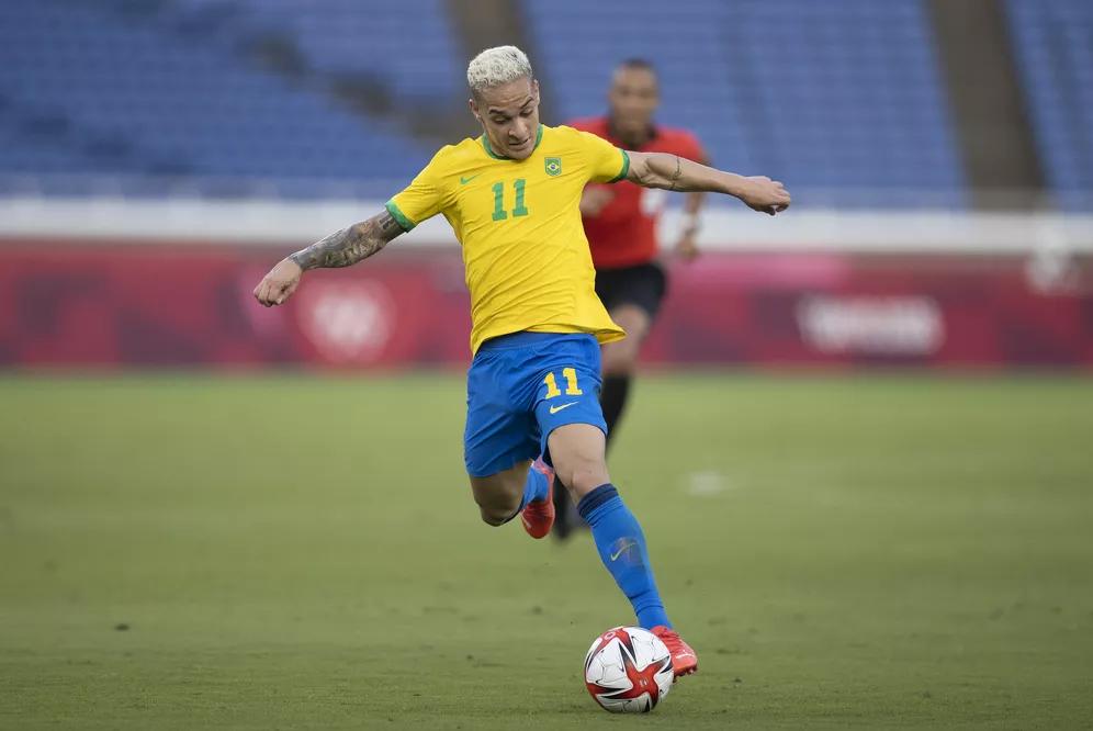 Antony em ação pelo Brasil