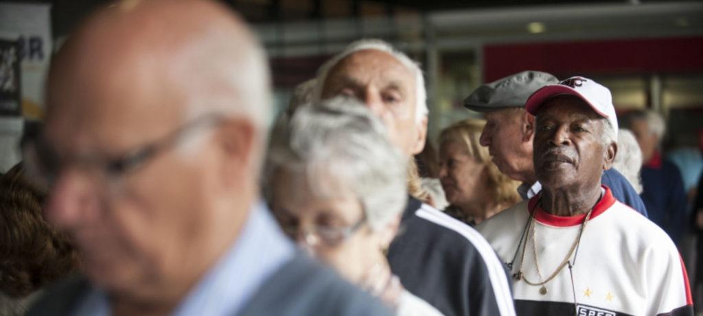 Imagens de aposentados