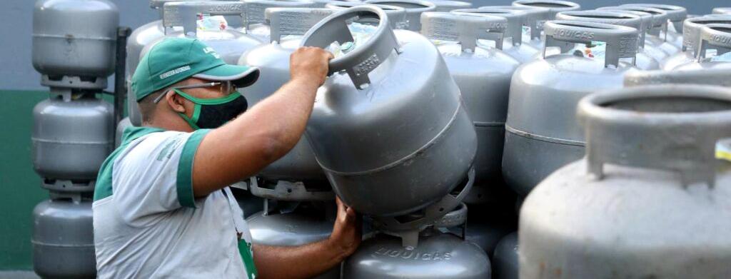 Auxílio-gás é pago na parcela do SuperaRJ