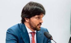 Ministro das Comunicações é diagnosticado com coronavírus