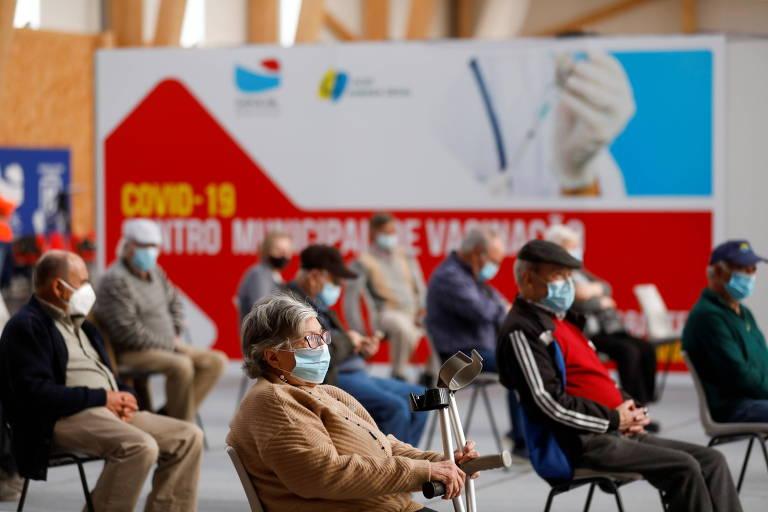 brasileiros esperam pra tomar vacina em portugal