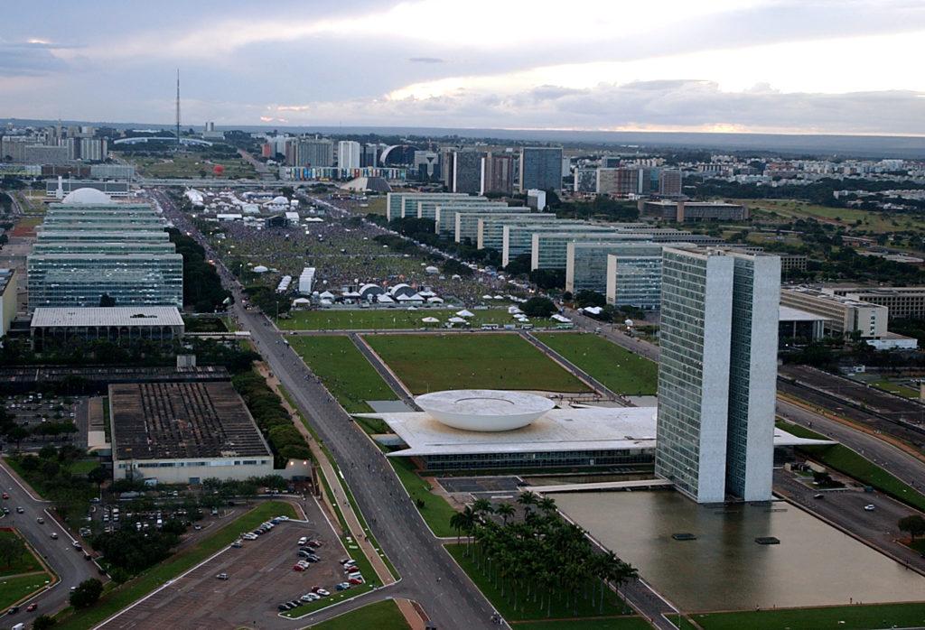 Imagem da Esplanada dos Ministérios em Brasília