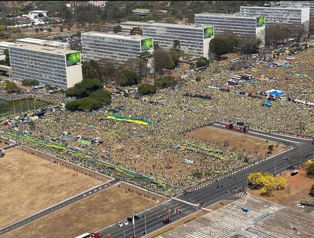 Imagem da manifestação em Brasília