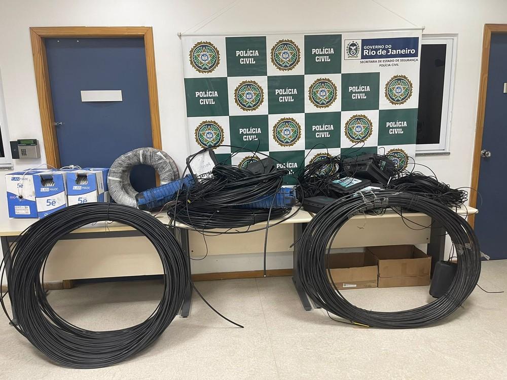 Ação da polícia civil contra cabos furtados