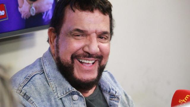 Michael Sullivan, no De Frente Com Elas (Foto: Talita Giudice/ Divulgação: Super Rádio Tupi)