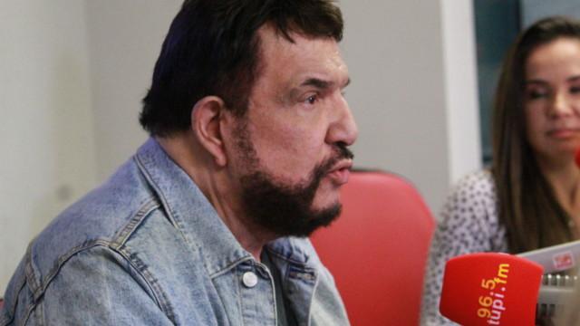 Michael Sullivan,no De Frente Com Elas (Foto: Talita Giudice/ Divulgação: Super Rádio Tupi)