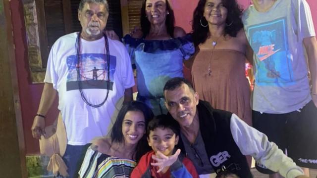 Diretor de Carnaval Laila com a família