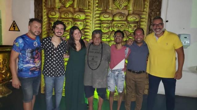 Fran Sérgio, Felipe Costa, Larissa Pereira, Laila, Allan Barbosa, Anderson Netto e Cahê Rodrigues: a comissão da Ilha